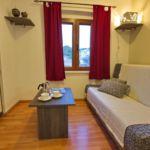 Apartament cu aer conditionat cu terasa cu 1 camera pentru 3 pers. A-8713-a