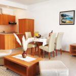 Apartament cu aer conditionat cu terasa cu 1 camera pentru 4 pers. A-3214-b