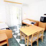 Apartament cu aer conditionat cu terasa cu 1 camera pentru 4 pers. A-5521-b