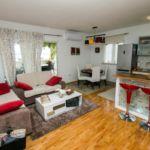Apartament cu aer conditionat cu vedere spre mare cu 3 camere pentru 9 pers. A-4663-b