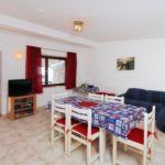 Apartament cu aer conditionat cu vedere spre mare cu 4 camere pentru 8 pers. A-9255-d