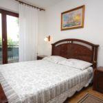 Apartament cu aer conditionat cu balcon cu 3 camere pentru 7 pers. A-2390-a