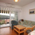 Apartament cu aer conditionat cu vedere spre mare cu 3 camere pentru 7 pers. A-538-a