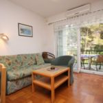 Apartament cu aer conditionat cu terasa cu 3 camere pentru 7 pers. A-538-b