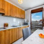 Apartament cu aer conditionat cu vedere spre mare cu 2 camere pentru 4 pers. A-3030-a