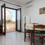 Apartman s klimatizací pro 6 os. se 2 ložnicemi s výhledem na moře A-6275-a