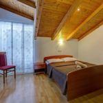 Apartman s klimatizací pro 8 os. se 3 ložnicemi s výhledem na moře A-4174-a
