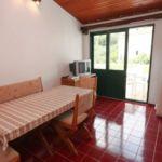Apartament 9-osobowy z klimatyzacją z widokiem na morze z 3 pomieszczeniami sypialnianymi A-6653-a