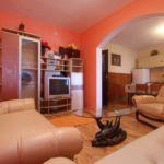 Apartament cu aer conditionat cu vedere spre mare cu 3 camere pentru 7 pers. A-545-a