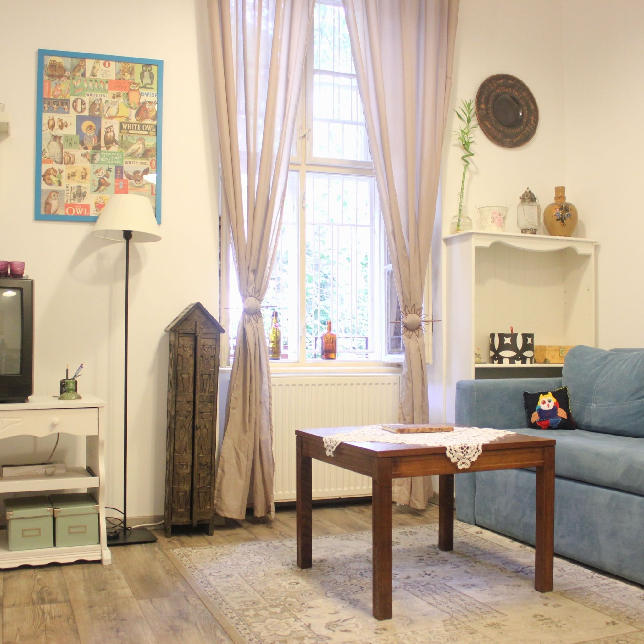 Vintage Charm in Magical Garden Apartment Budapest ...