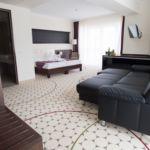 Rezydencja pokój 3-osobowy Classic z balkonem z 2 pomieszczeniami sypialnianymi