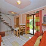 Apartman s klimatizací s terasou pro 5 os. s 1 ložnicí A-13742-d