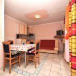 Apartman s klimatizací s terasou pro 5 os. s 1 ložnicí A-13742-e
