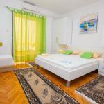 Apartament cu aer conditionat cu terasa cu 1 camera pentru 3 pers. AS-12816-b