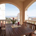 Apartman s klimatizací pro 5 os. se 2 ložnicemi na poschodí