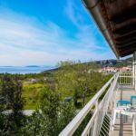 Apartament cu balcon cu vedere spre mare cu 1 camera pentru 2 pers.