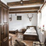 Földszintes akadálymentesített kétágyas szoba (pótágyazható)