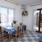 Apartament cu aer conditionat cu vedere spre mare cu 1 camera pentru 4 pers. A-6223-d