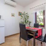 Apartman s klimatizací pro 4 os. s 1 ložnicí s výhledem na moře A-14196-a