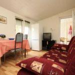 Apartman s klimatizací pro 6 os. se 2 ložnicemi s výhledem na moře A-6426-d