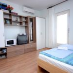 Tengerre néző légkondicionált 4 fős apartman 1 hálótérrel A-8869-a