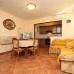 Apartament 4-osobowy z klimatyzacją z tarasem z 1 pomieszczeniem sypialnianym A-6792-c