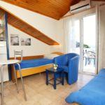 Apartament cu aer conditionat cu vedere spre mare cu 1 camera pentru 4 pers. A-4360-b
