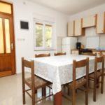 Apartament 7-osobowy z klimatyzacją z widokiem na morze z 3 pomieszczeniami sypialnianymi A-8318-a