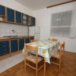 Apartament cu aer conditionat cu terasa cu 1 camera pentru 4 pers. A-6196-b