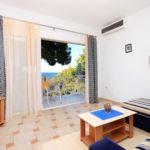 Apartament cu aer conditionat cu vedere spre mare cu 1 camera pentru 4 pers. A-4478-a
