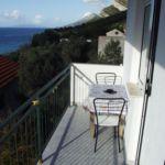 Apartament 5-osobowy z balkonem z 2 pomieszczeniami sypialnianymi A-256-b