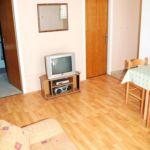 Apartament cu aer conditionat cu vedere spre mare cu 2 camere pentru 4 pers. A-4146-b
