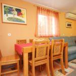 Klimatiziran Sa terasom apartman za 4 osoba(e) sa 2 spavaće(om) sobe(om) A-4536-b