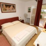 Pokoj s klimatizací s manželskou postelí s výhledem na moře S-7170-a