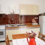 Apartament cu aer conditionat cu vedere spre mare cu 3 camere pentru 4 pers. A-4620-a
