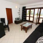 Apartament cu aer conditionat cu vedere spre mare cu 2 camere pentru 4 pers. A-5179-a
