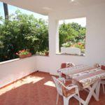 Apartament cu aer conditionat cu terasa cu 1 camera pentru 3 pers. A-5007-b