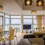 Apartament 6-osobowy z balkonem z widokiem na morze z 3 pomieszczeniami sypialnianymi