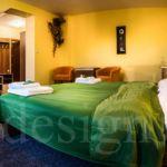Deluxe  Pokoj s manželskou postelí (s možností přistýlky)