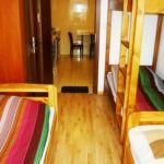 Pokój 3-osobowy z balkonem ze wspólną łazienką (możliwa dostawka)