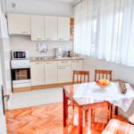 Family City Apartment for 4 Persons Pula