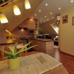 Apartament 4-osobowy na piętrze Gold z 2 pomieszczeniami sypialnianymi