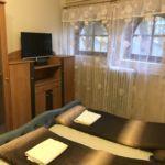 Alagsori Silver háromágyas szoba