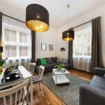 Apartament toata casa dormitory  cu 3 camere pentru 8 pers.