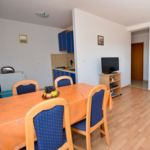 Apartament 5-osobowy z klimatyzacją z widokiem na morze z 2 pomieszczeniami sypialnianymi A-9336-b