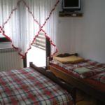 Légkondicionált teraszos háromágyas szoba S-14711-d