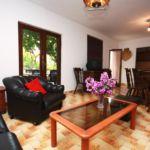 Apartament cu aer conditionat cu terasa cu 3 camere pentru 9 pers. K-5161