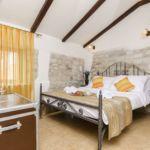 Emeleti légkondicionált kétágyas szoba