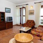 Apartament cu aer conditionat cu vedere spre mare cu 2 camere pentru 5 pers. A-1042-a