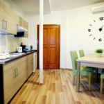 Apartament familial(a) la etaj cu 2 camere pentru 4 pers.